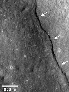 moon996f.jpg